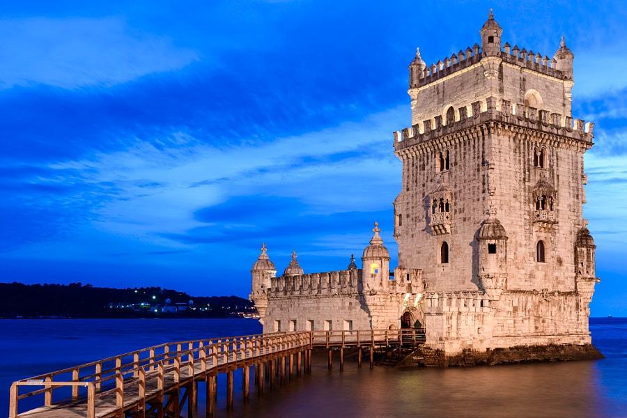 Bạn không bắt buộc phải sử dụng tiếng Bồ Đào Nha thông thạo, nhưng ít nhất hãy cố gắng học những điều cơ bản.