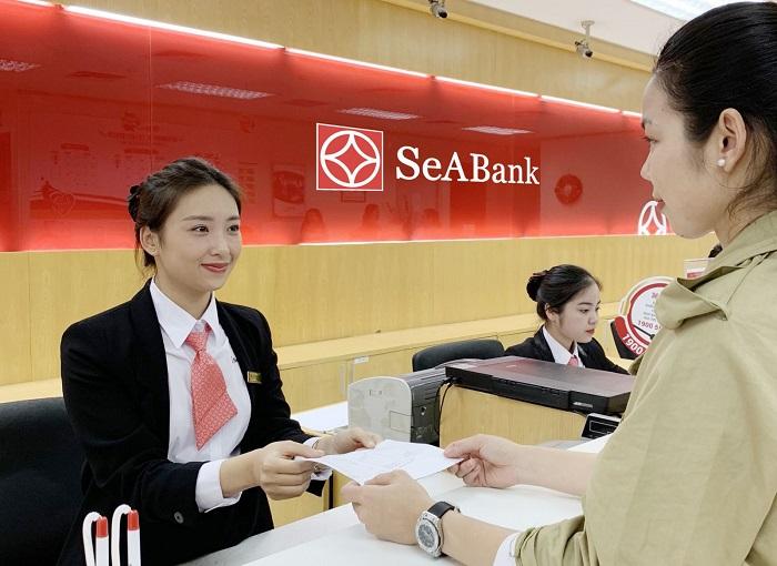 Đồng phục nhân viên ngân hàng SeABank