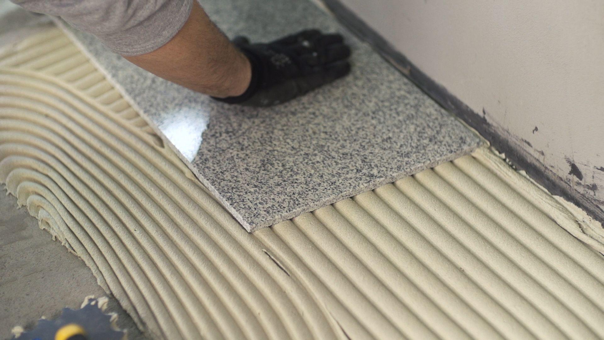 Cách sử dụng keo dán gạch