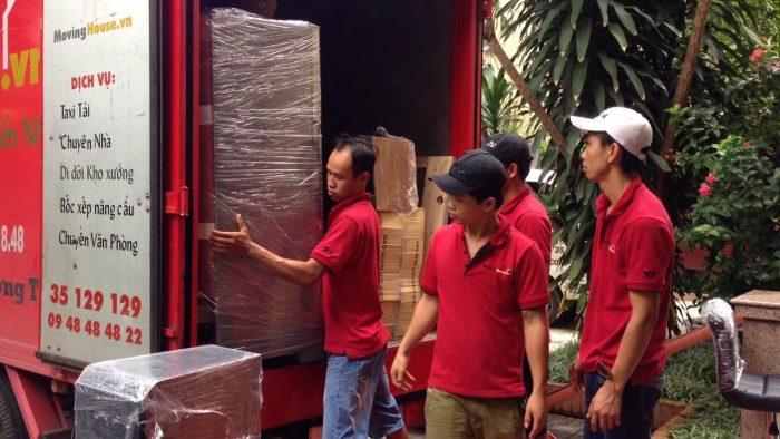 Công ty chuyển nhà trọn gói Moving House