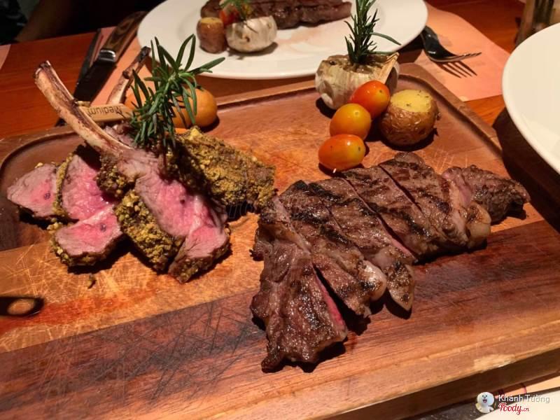 Moo Beef Steak Đồng Khởi