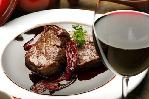 Sốt steak rượu vang