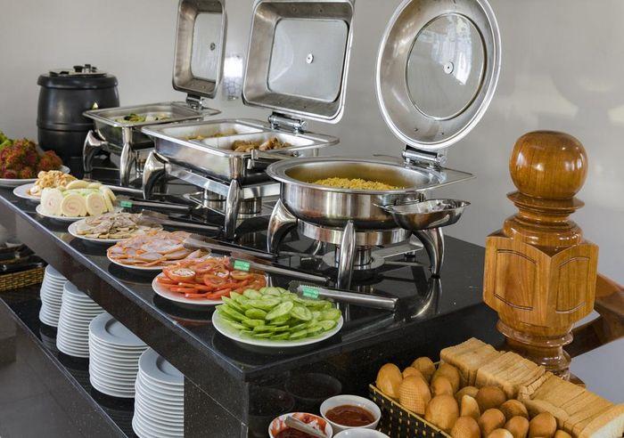 Khách sạn miễn phí bữa ăn sáng cho khách