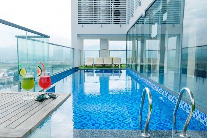 Hồ bơi tại khách sạn Gosia Hotel